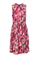 Sleeveless Viscose Fit-and-Flare Floral Print Scoop Neck Cutout Fitted Pleated Hidden Back Zipper Party Dress