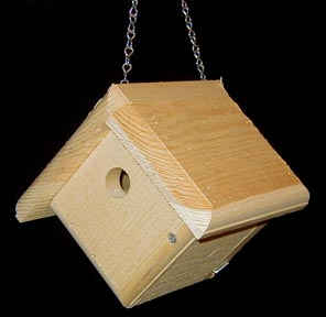 Wren House made of Eastern Pine with hanging chain