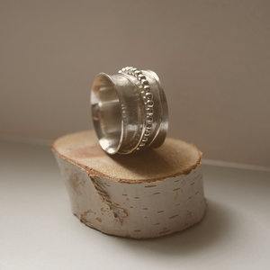 Dancer Ring - Potamus Design