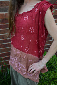 Women's Handmade Tie Dye Bandhani Two Tone Sleeveless Blouse Summer Shirt - Burgundy Tan - Size Large - Scarlett H849