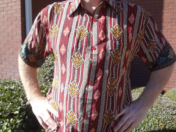 Red Black Southwestern Print - Men's Handmade Sari Silk Short Sleeve Button Down Dress Shirt - Size Medium - Guillermo G750