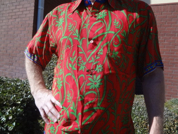 Men's Handmade Sari Silk Short Sleeve Button Down Dress Shirt - Size XL - Red with Green Vines - Octavio G742