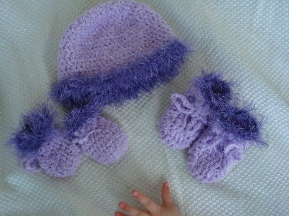 Newborn Baby Girl Shower Set - Hat, Mittens, and Booties - Lilac 423