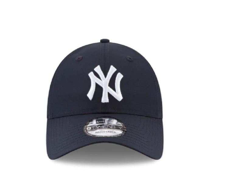 New York Yankees New Era PERFORATED PIVOT 9FORTY Adjustable Hat - Men - Black