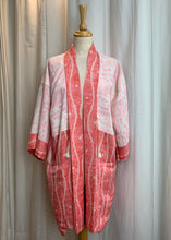 Load image into Gallery viewer, Pink Jacquard Silk Japanese Haori with Pockets