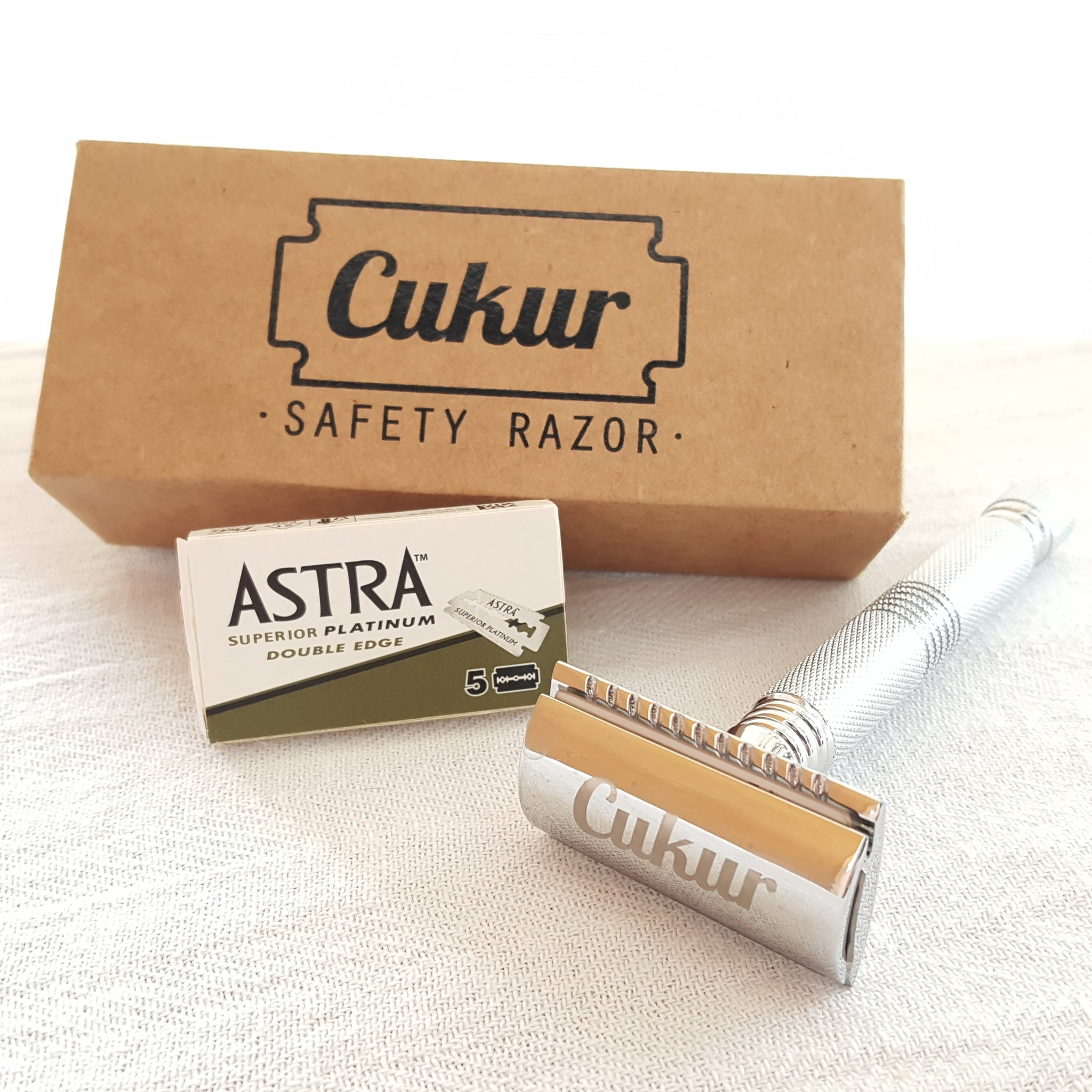 Eco Friendly CUKUR Double Edge Safety Razor (Free 5 Astra Platinum Safety Blades)