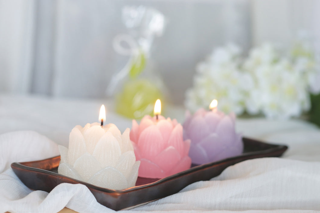 Lotus Bloom Candle ~ Pink
