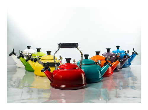 Le Creuset Classic Whistling Kettle