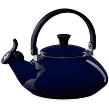 Load image into Gallery viewer, Le Creuset Zen Kettle