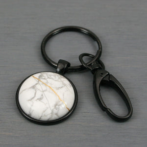 White howlite kintsugi key chain with black swivel lobster claw
