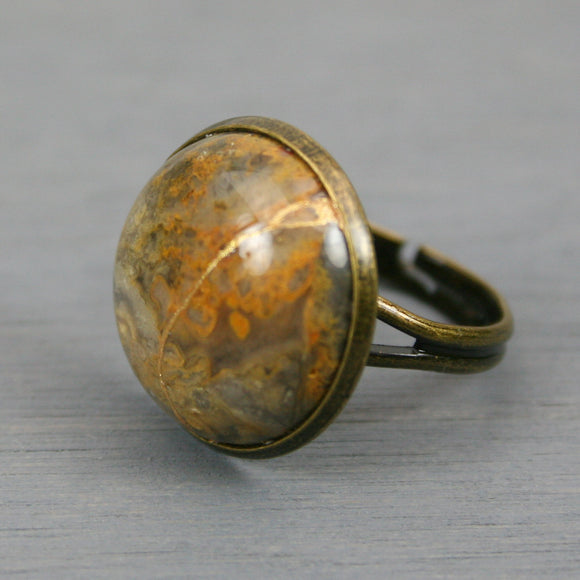 Crazy lace agate kintsugi ring in an antiqued brass adjustable setting from A Kintsugi Life