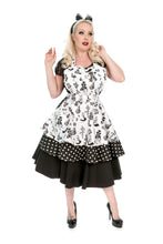 Load image into Gallery viewer, Alice in Wonderland Womens Apron. Retro Pin Up Sweetheart Apron
