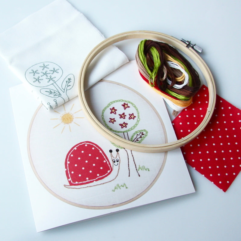 Children's Traced Embroidery Kit - Snail