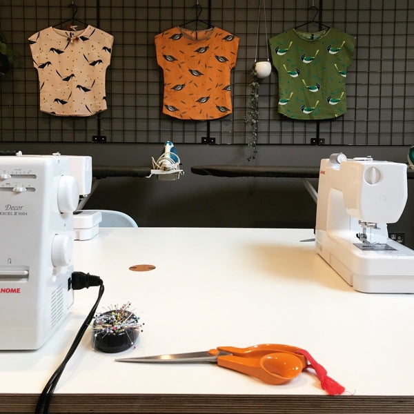 Introduction to Machine Sewing Part 1 - Piped Cushion with Zip