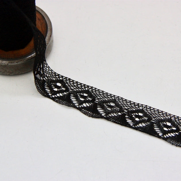 Cotton Insertion Lace 25mm - Diamonds Black