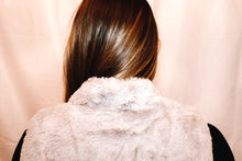 Load image into Gallery viewer, Reese Faux Fur Vest