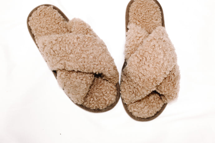 Aiden Sherpa Slippers
