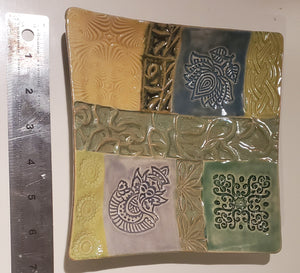 Ceramic quilt plate 7 inch  soap dish