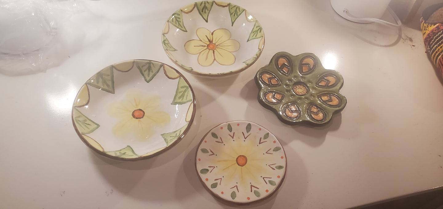 clearance group set of 4 dishes
