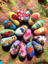 Load image into Gallery viewer, Custom needle felted  egg