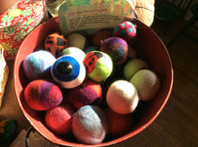 Load image into Gallery viewer, Needle Felted Dryer Balls Handmade with love
