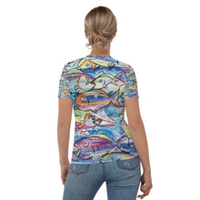 Load image into Gallery viewer, Women's T-shirt tropical fish