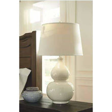 Load image into Gallery viewer, Saffi Table Lamp