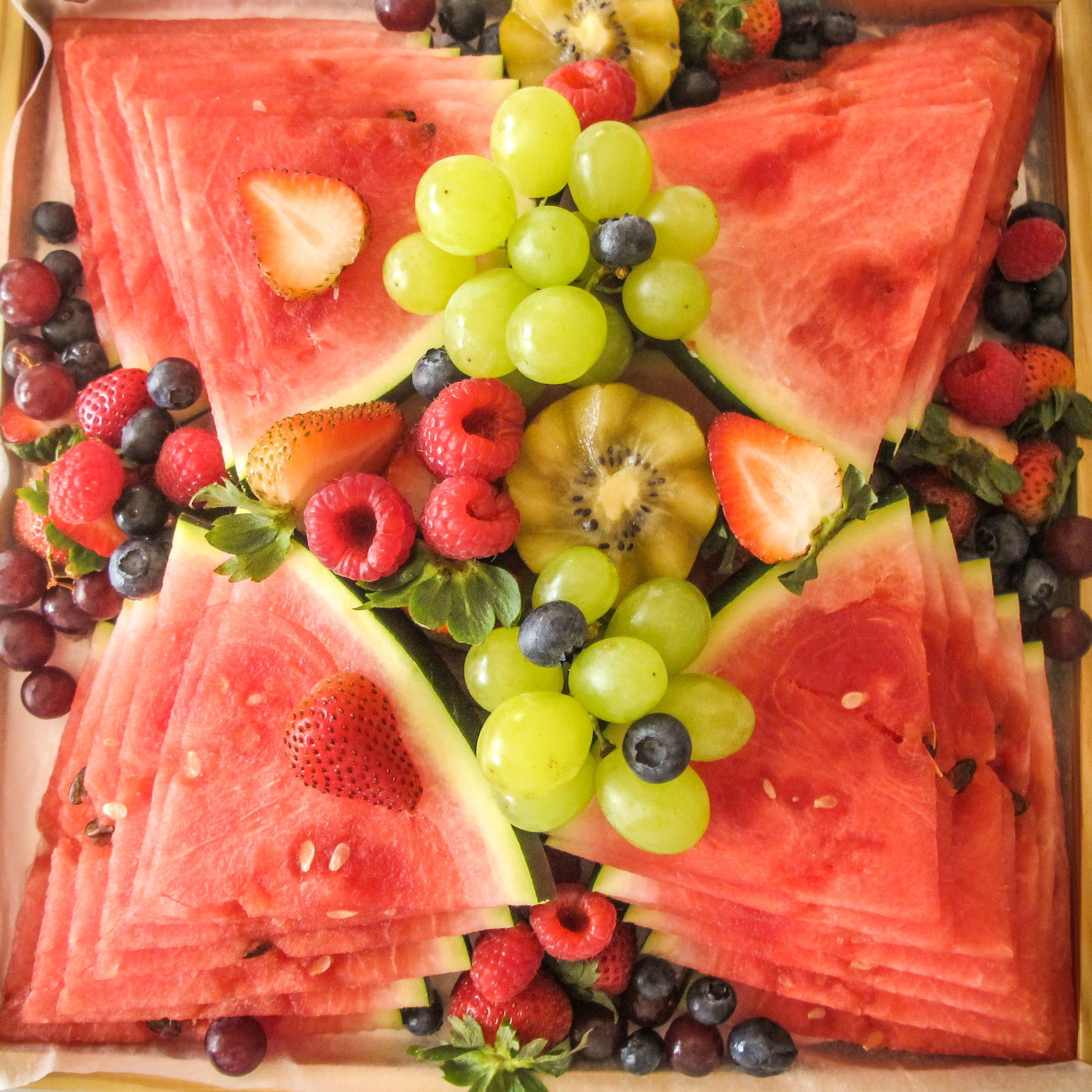 Watermelon Fruit Platter - Titankuwait