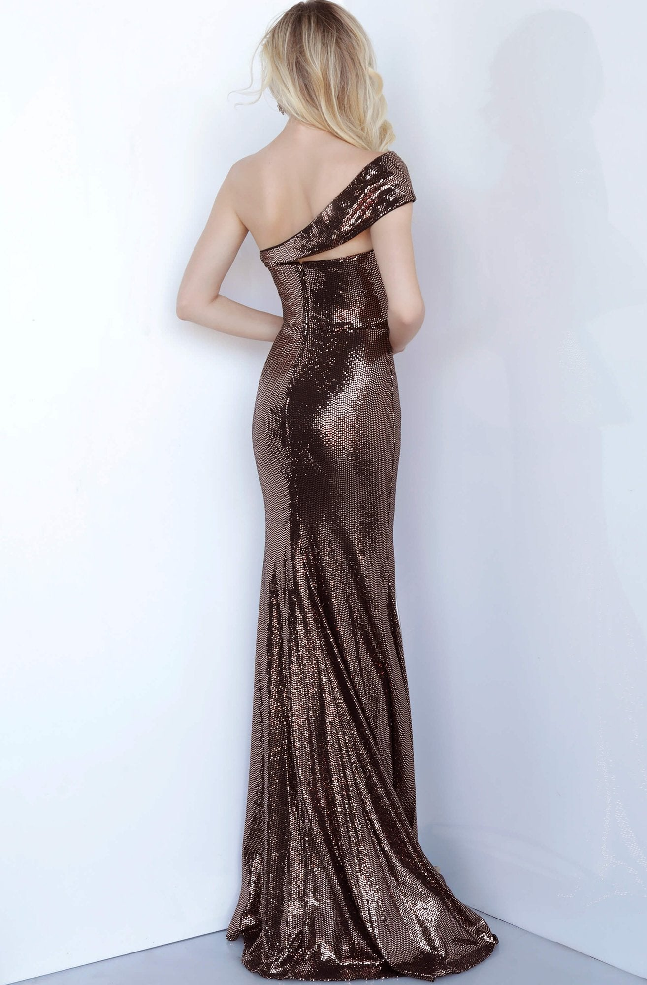Jovani - 1100 Off Shoulder Fitted Metallic Shimmer Long Evening Dress In Brown and Gold