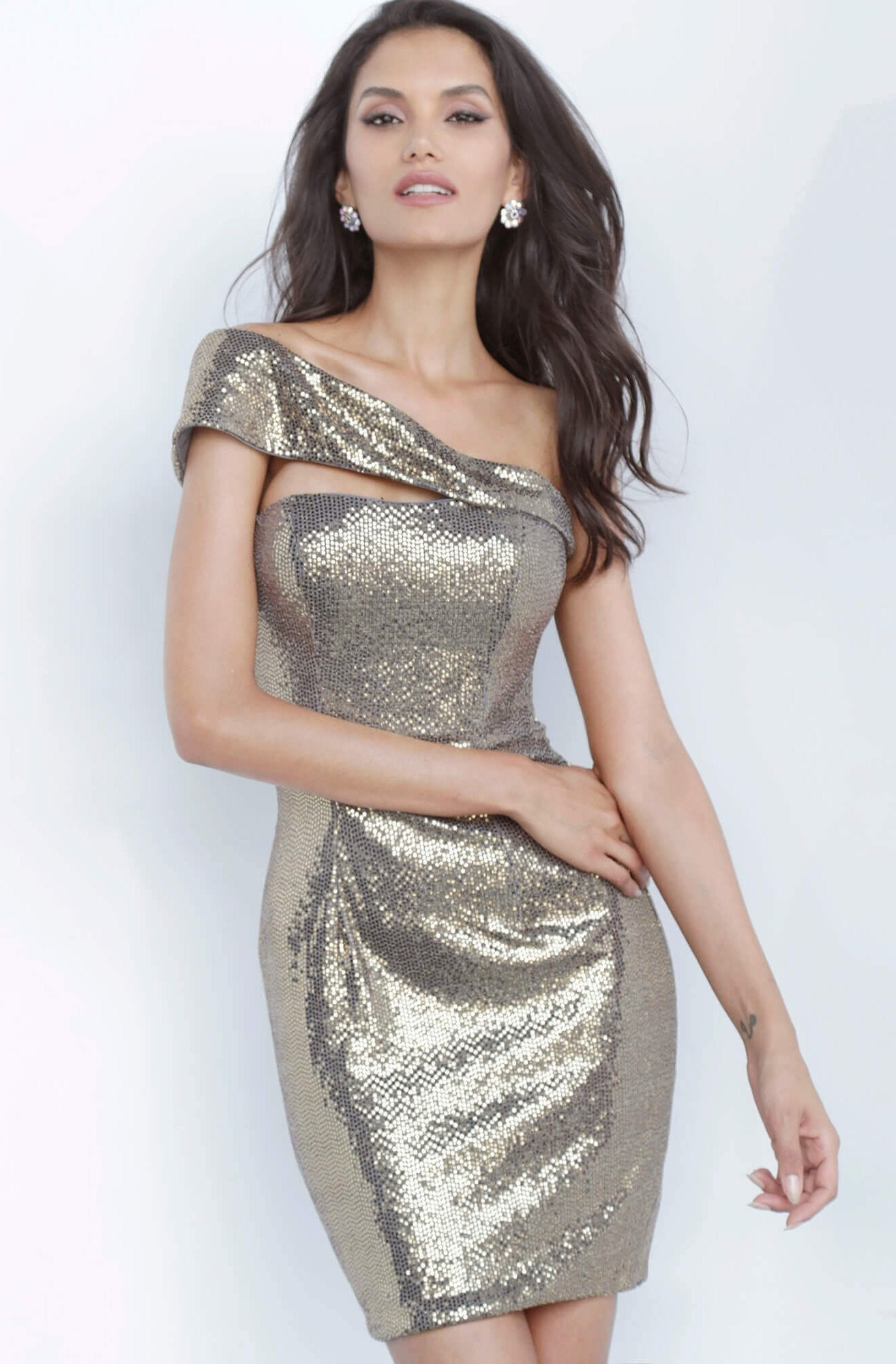 Jovani - 1101 Off Shoulder Fitted Metallic Shimmer Cocktail Dress In Gold