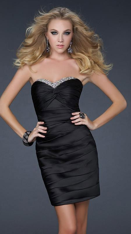 La Femme - Jewel Encrusted Pleated Sweetheart Short Sheath Dress 16934 In Black