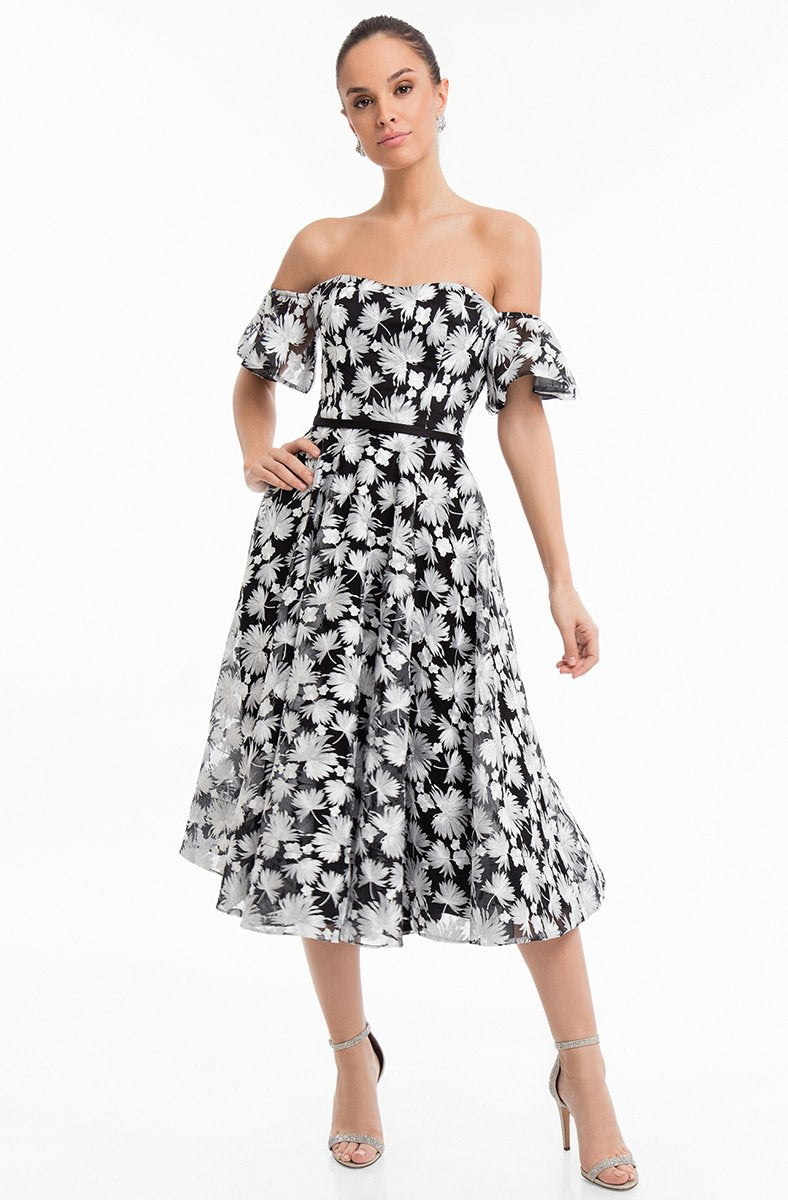 Terani Couture - 1822C7056 Printed Semi-Sweetheart Tea Length Dress in Black and White