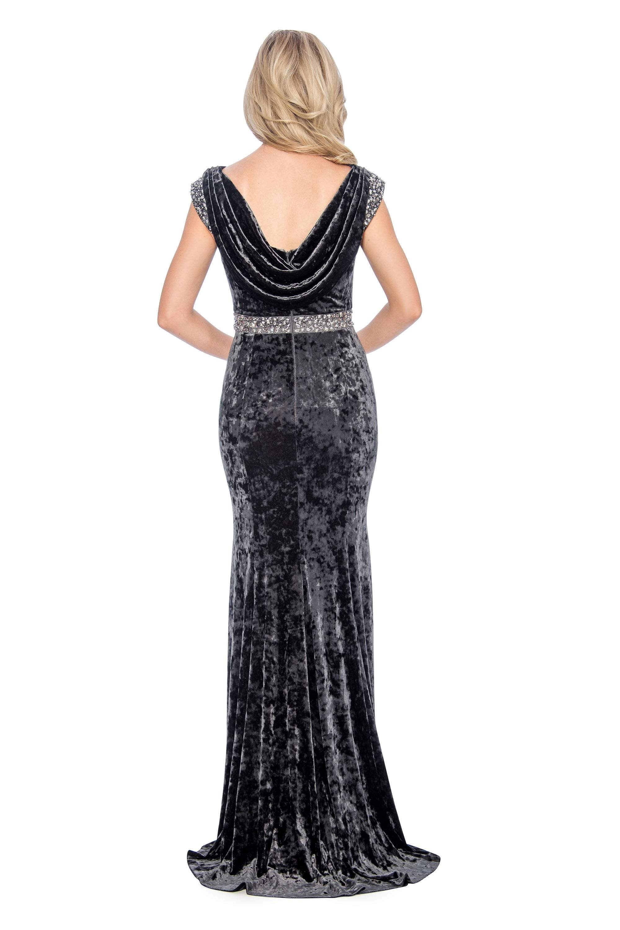 Decode 1.8 - 184290 Embellished Bateau Velvet Trumpet Dress In Gray