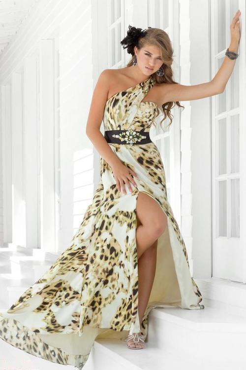 Blush - 9309 One Shoulder Printed Long Dress with Slit Special Occasion Dress 0 / Cream/Black