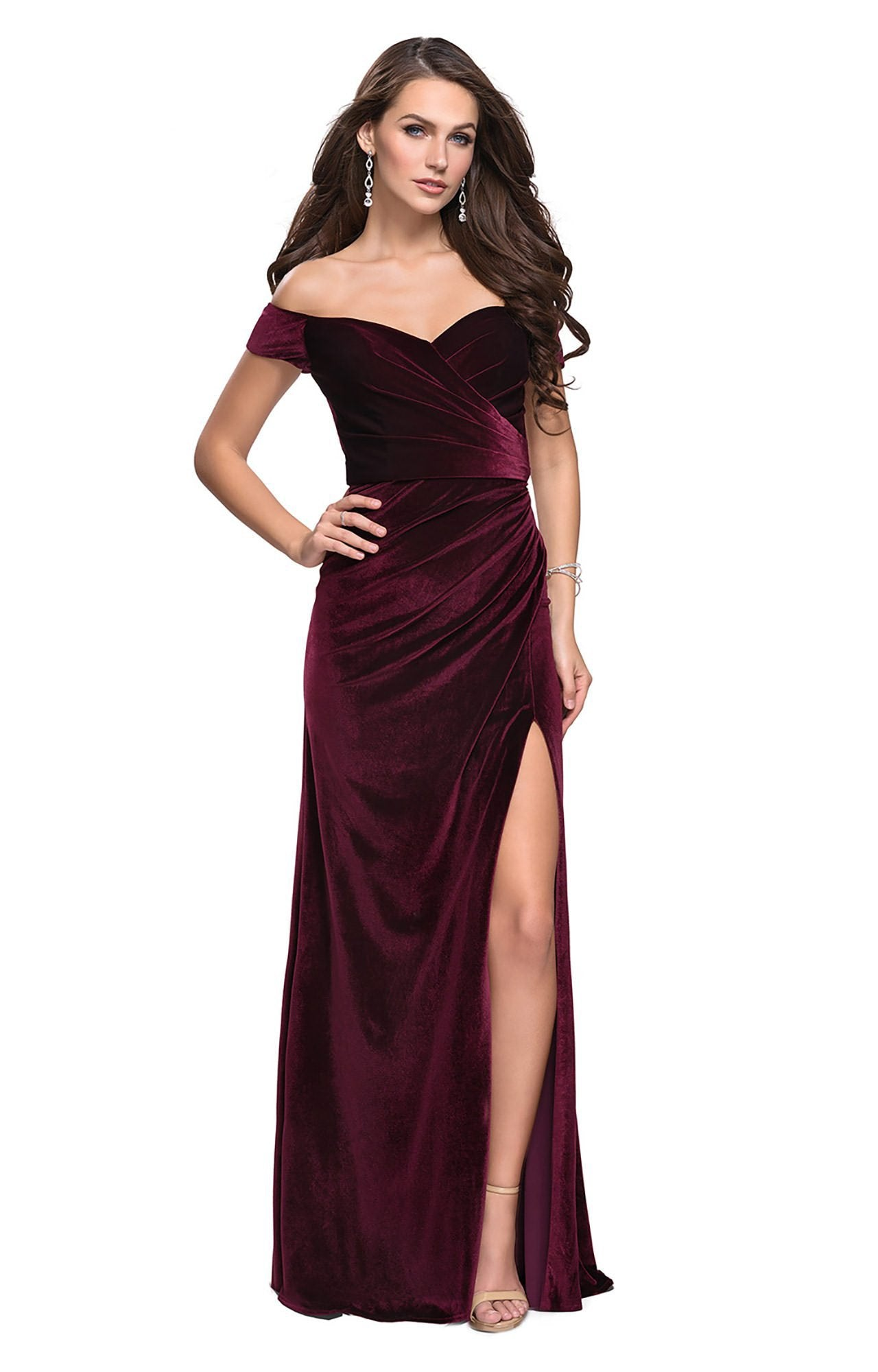 La Femme - Off-Shoulder Sheath Evening Gown with Slit 25213 In Red