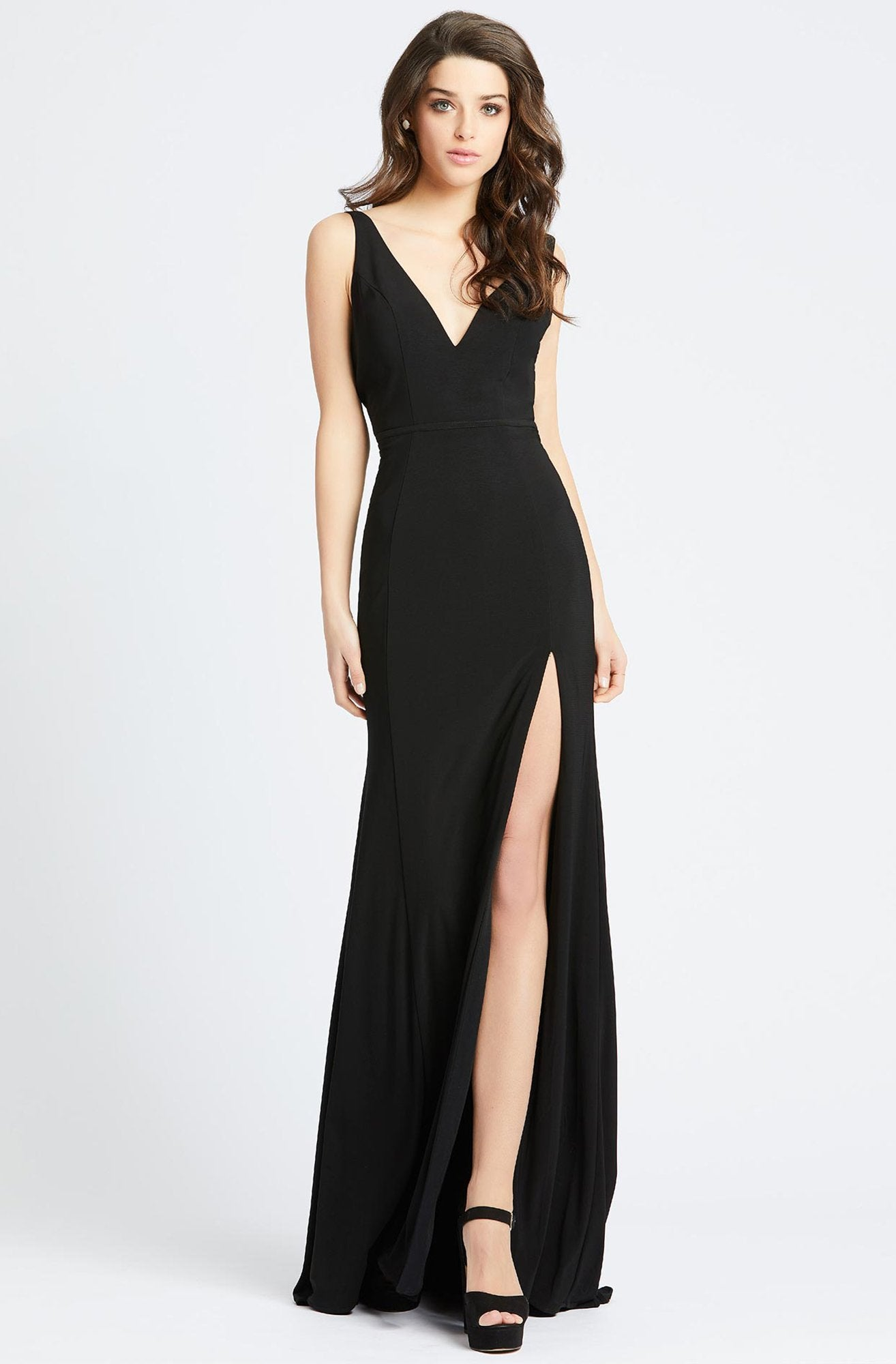 Ieena Duggal - Plunging V-Neck High Slit Sheath Gown 25846I In Black