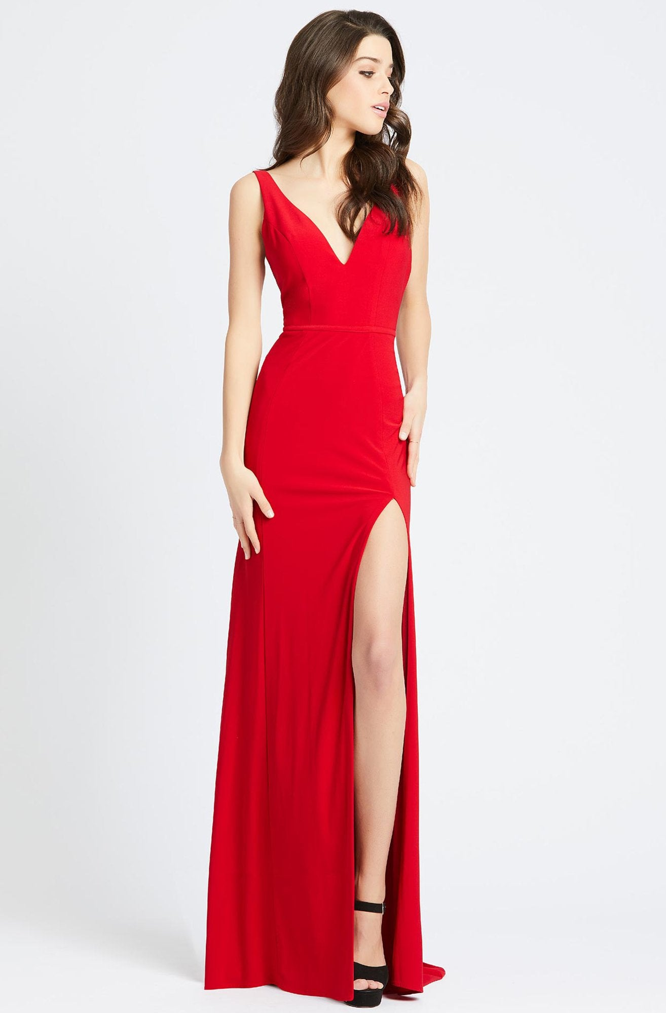 Ieena Duggal - Plunging V-Neck High Slit Sheath Gown 25846I In Red