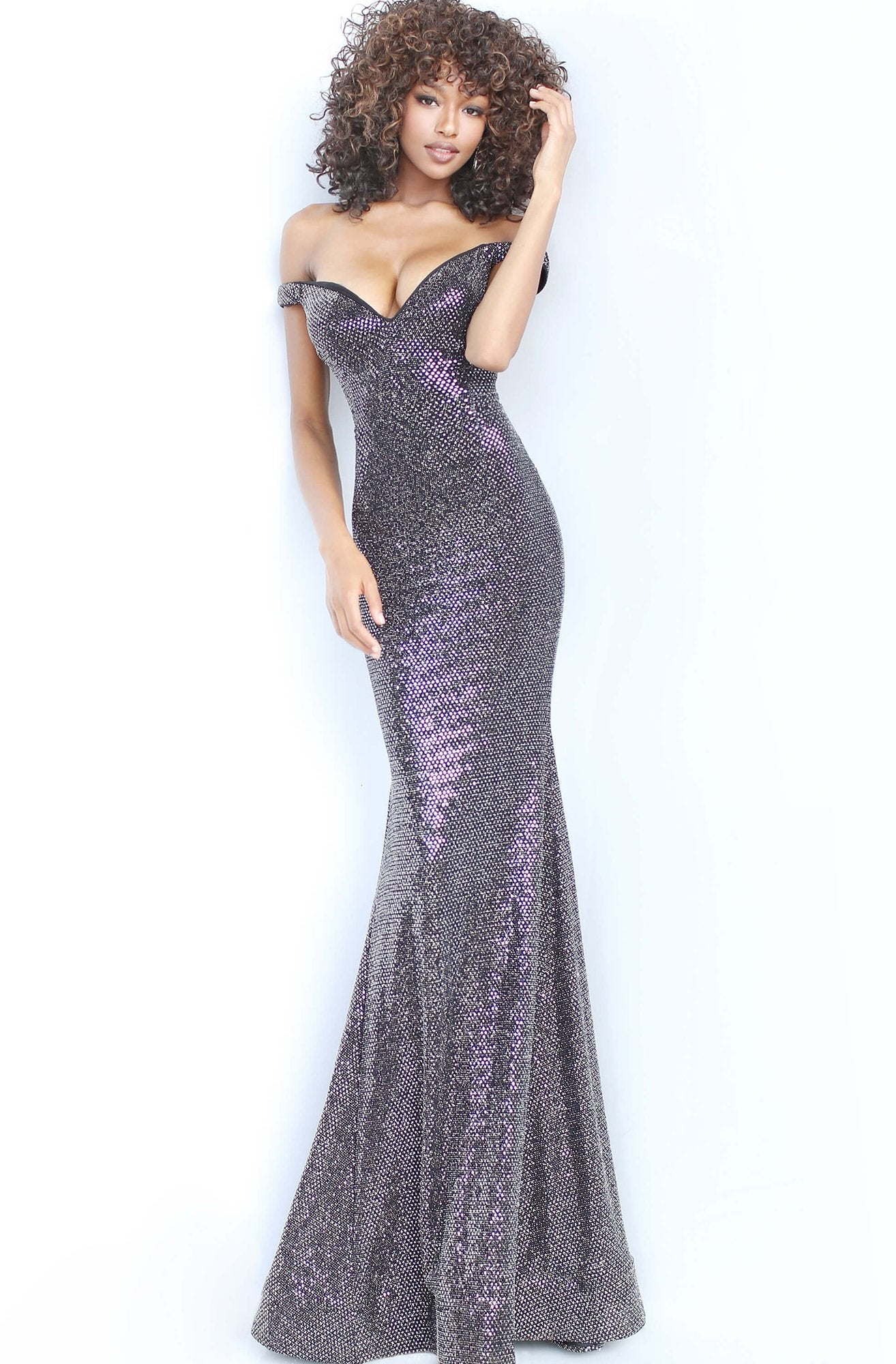 Jovani - 3408 Plunging Off-Shoulder Trumpet Dress In Black and Silver
