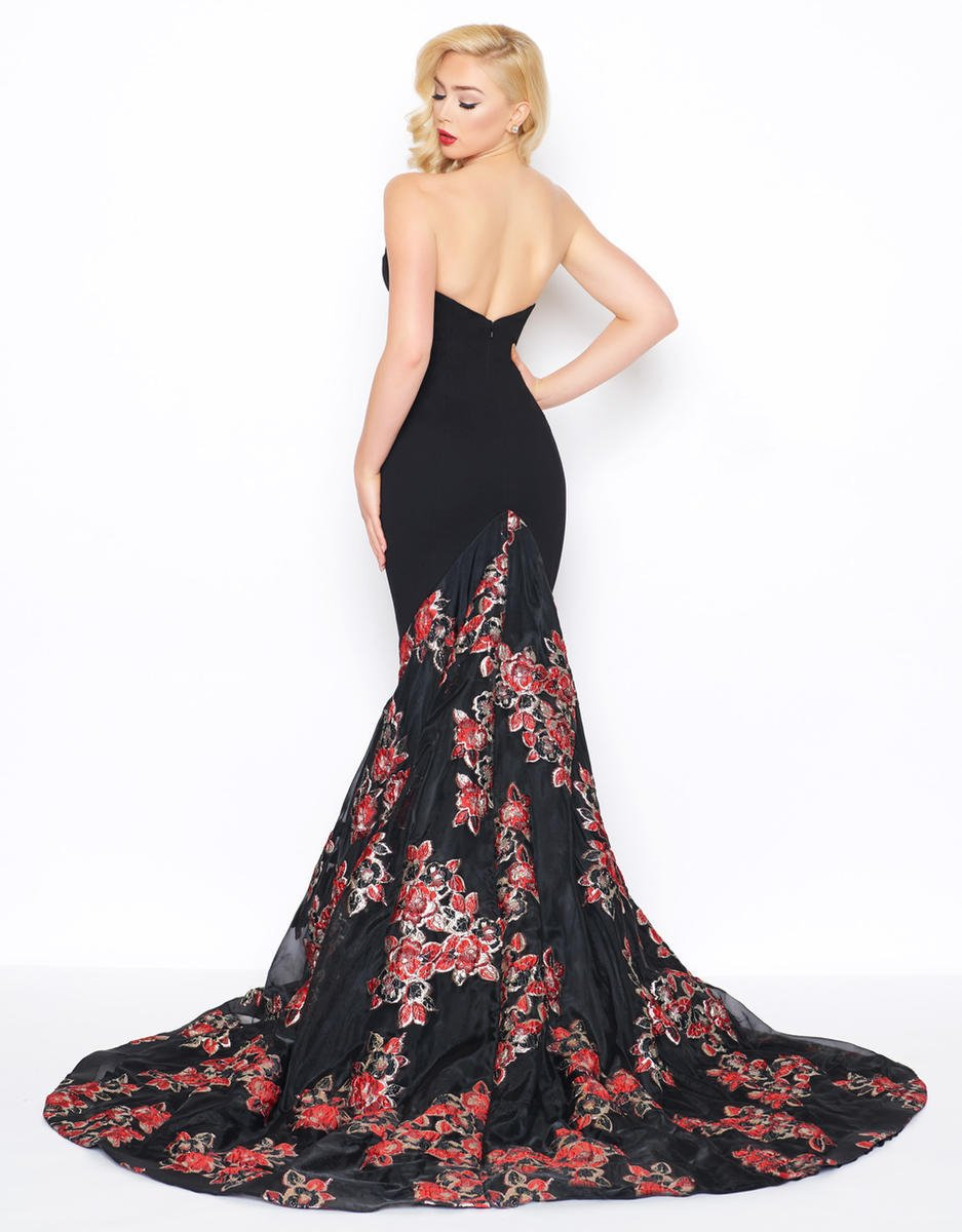 Mac Duggal - 67673R Floral Plunging Fitted Mermaid Gown in Black