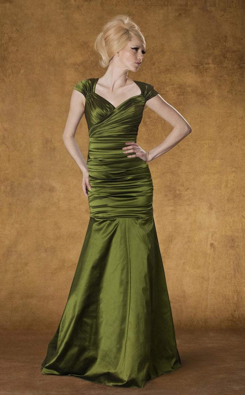 Theia - 881838 Ruched Sweetheart Mermaid Gown in Green