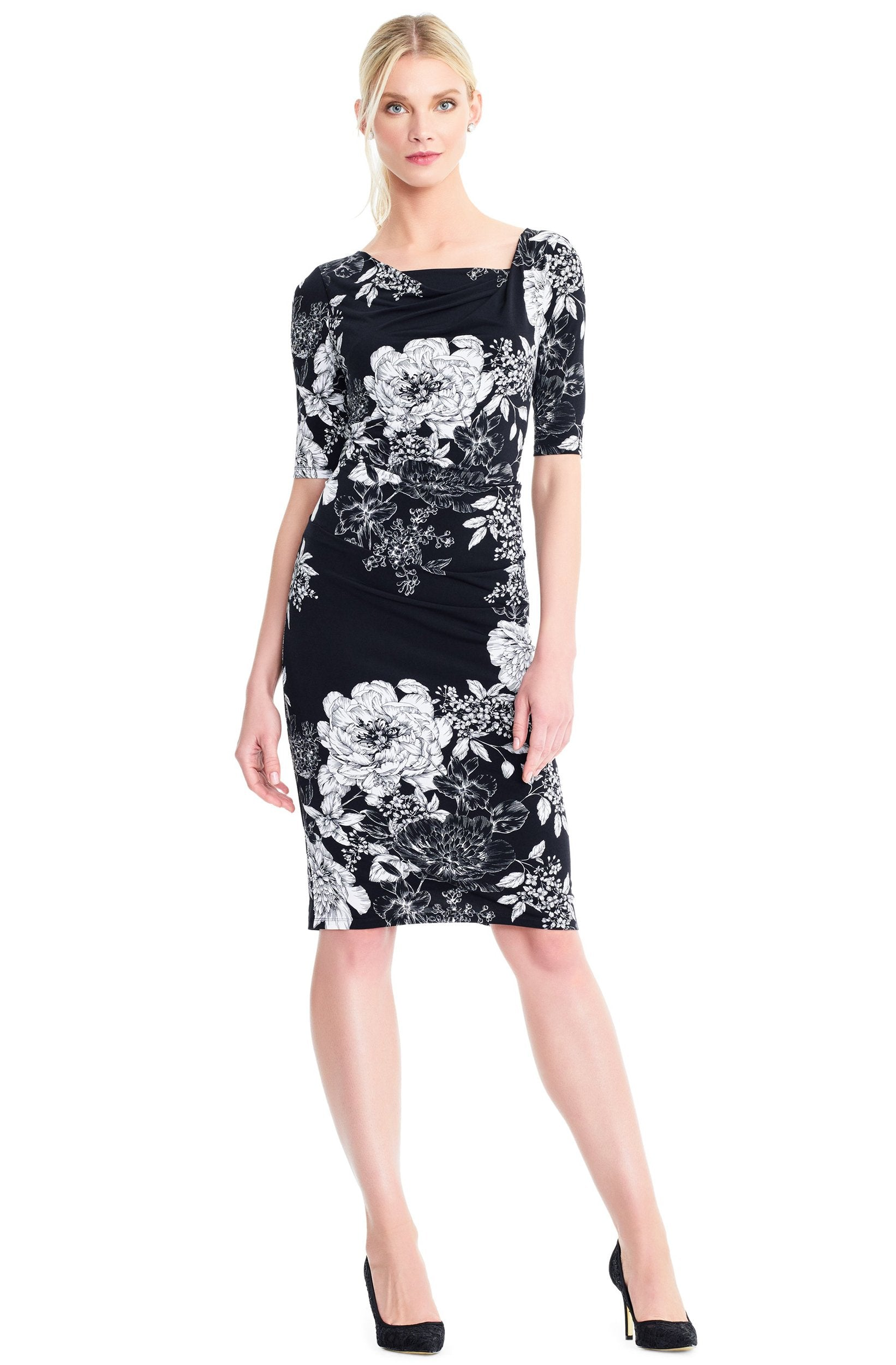 Adrianna Papell - AP1D102629 Floral Square Cocktail Dress In Black and White