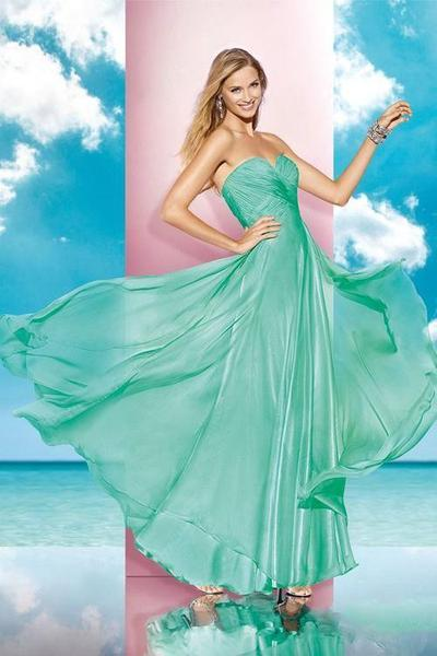 Alyce Paris - 35595 Ruched Strapless Sweetheart Long Gown in Green