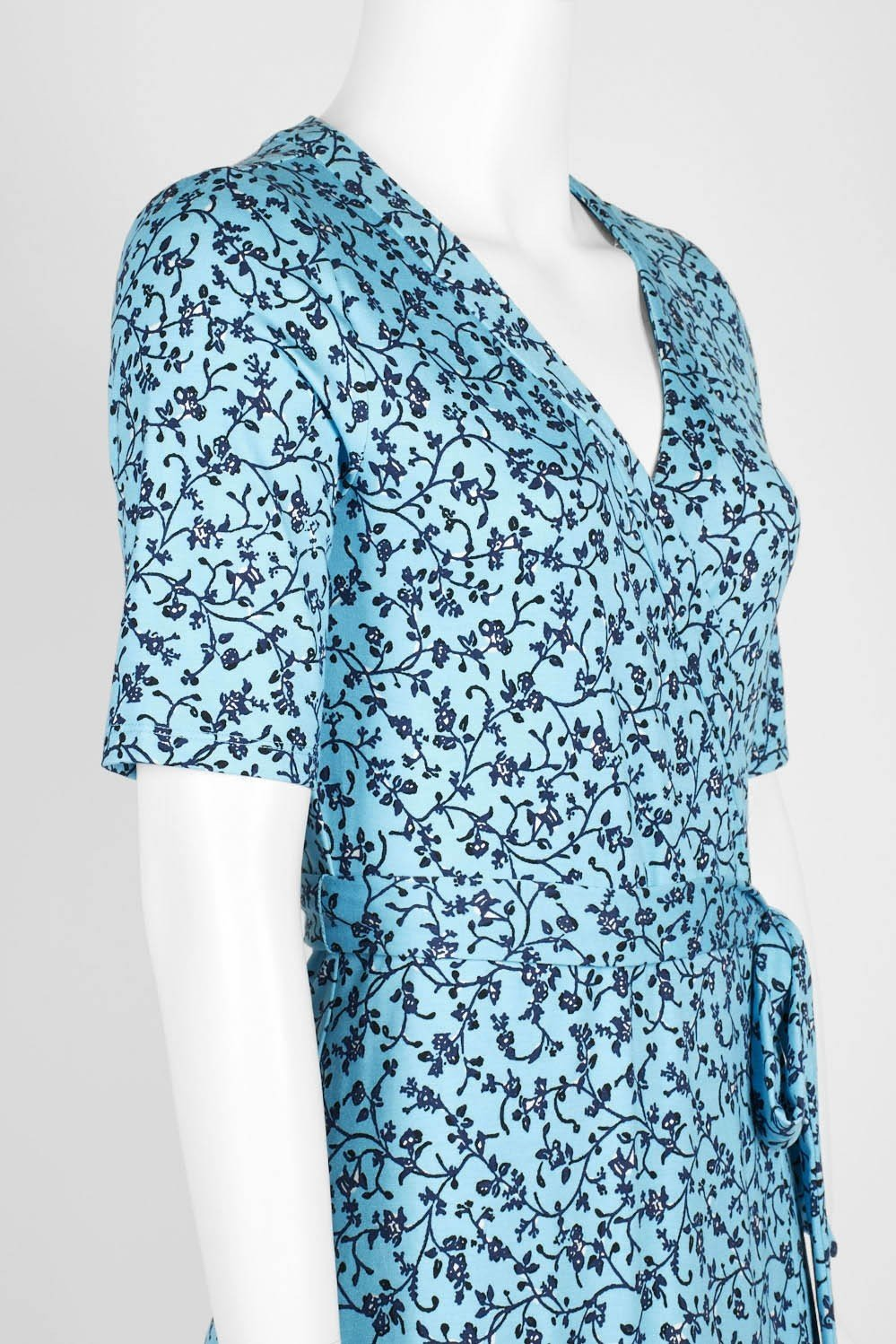 Adrianna Papell - AP1D103458 Floral Print V-neck Wrap Sheath Dress In Blue