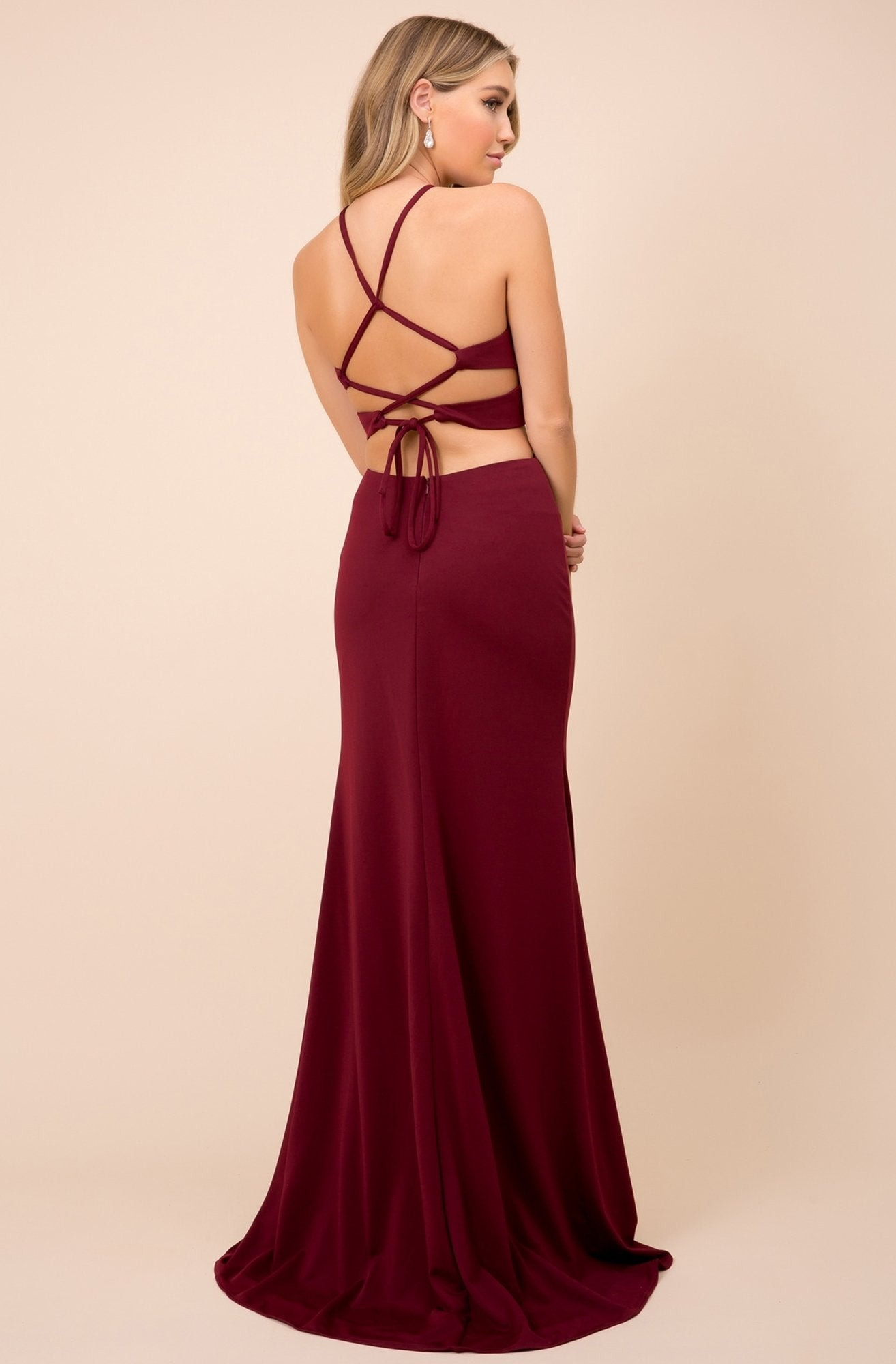 Nox Anabel - C026 Sexy Cutout Halter Neck Lace-up Back Sheath Gown In Red