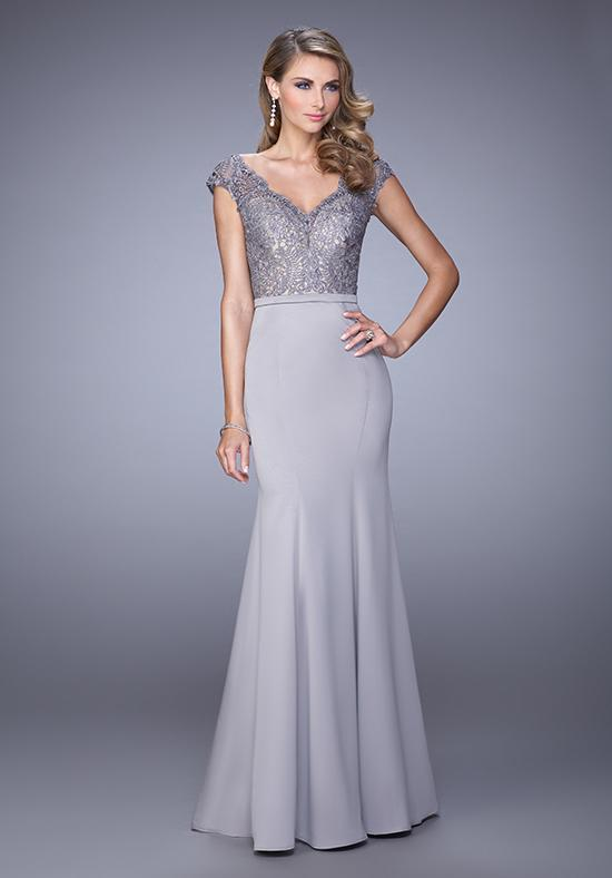 La Femme - 21702SC V-Neck Lace Long Trumpet Dress