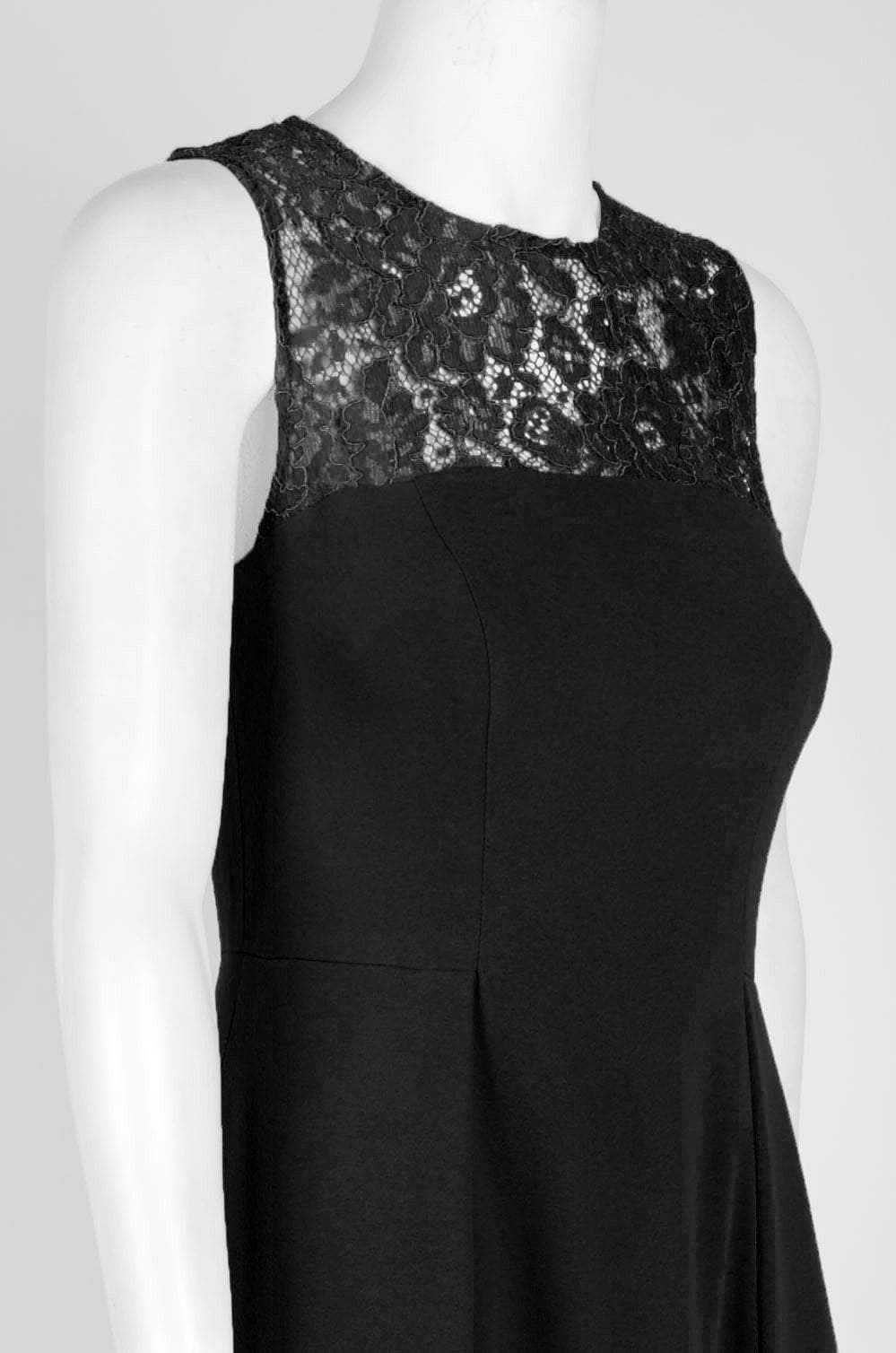 Aidan Mattox - MN1E202967 Sleeveless Lace Inset Crepe Gown In Black