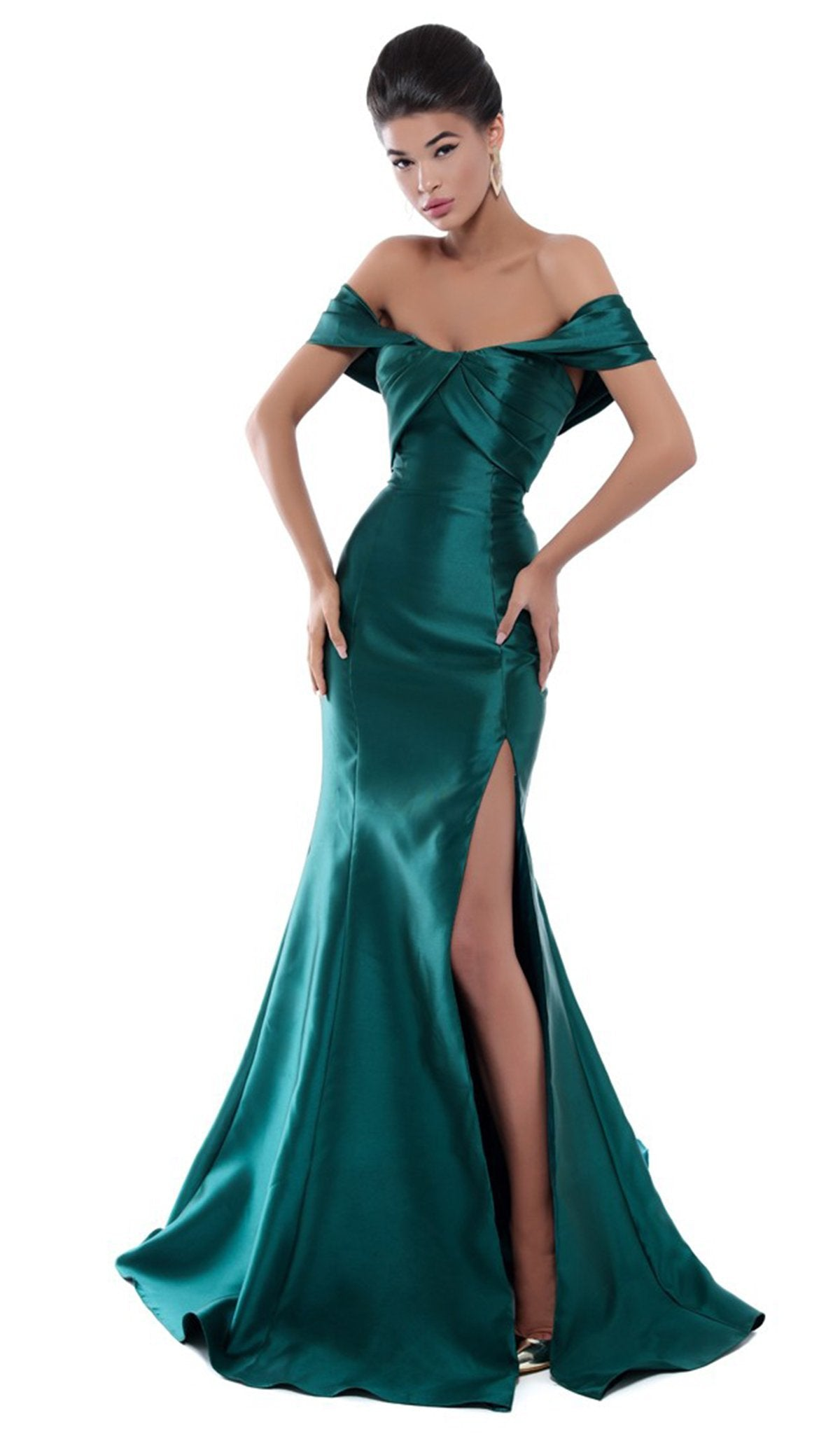 Tarik Ediz - 50448 Pleated Off-Shoulder Mermaid Dress In Green