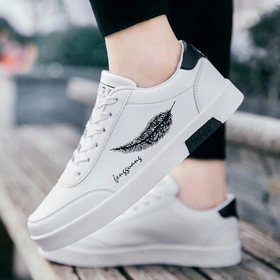 Men's Feather Print Lace-Up Sneakers