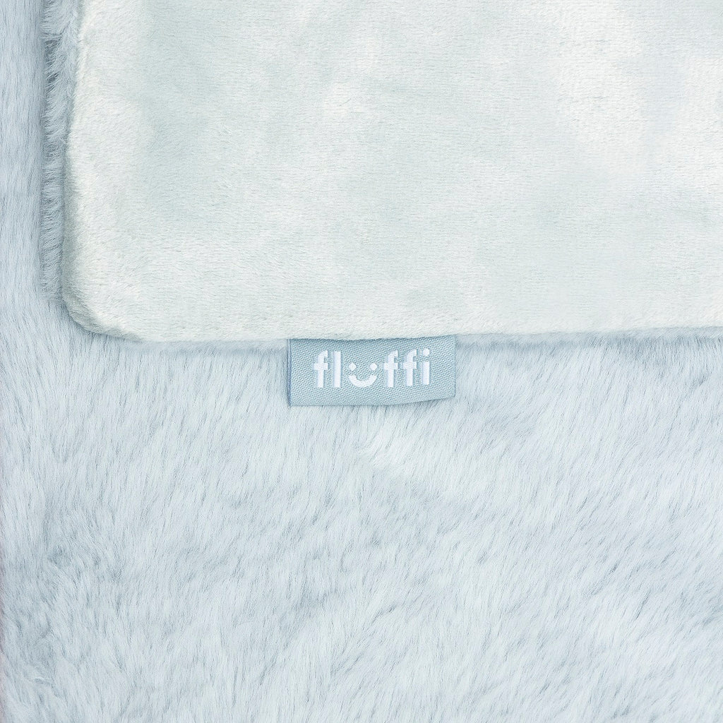 Super soft faux fur throw blue