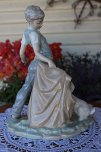 Retired 1988 LLadro NAO 0161 Bullfighter Boy Figurine With Dog Perfect Condition